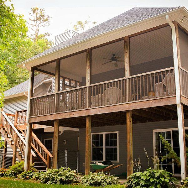back porch, rear porch, back patio
